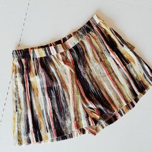 NWT! Gianni Bini Shorts